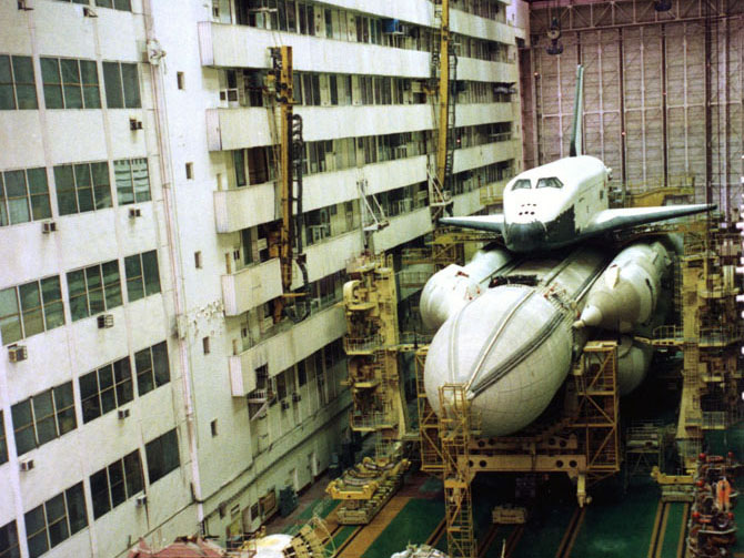 Building of the Soviet Buran space-shuttle, circa 1982 ...